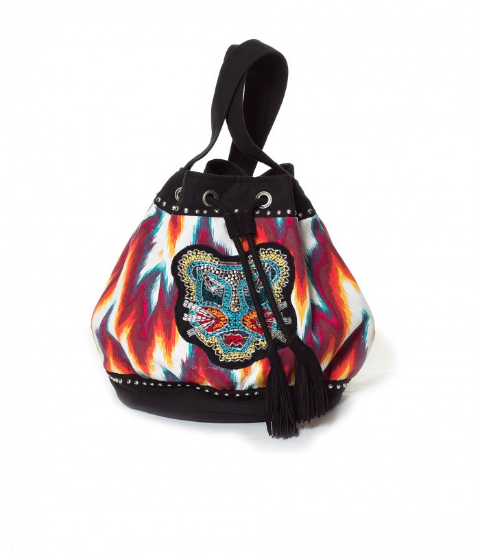 ¡El bolso saco está de moda!