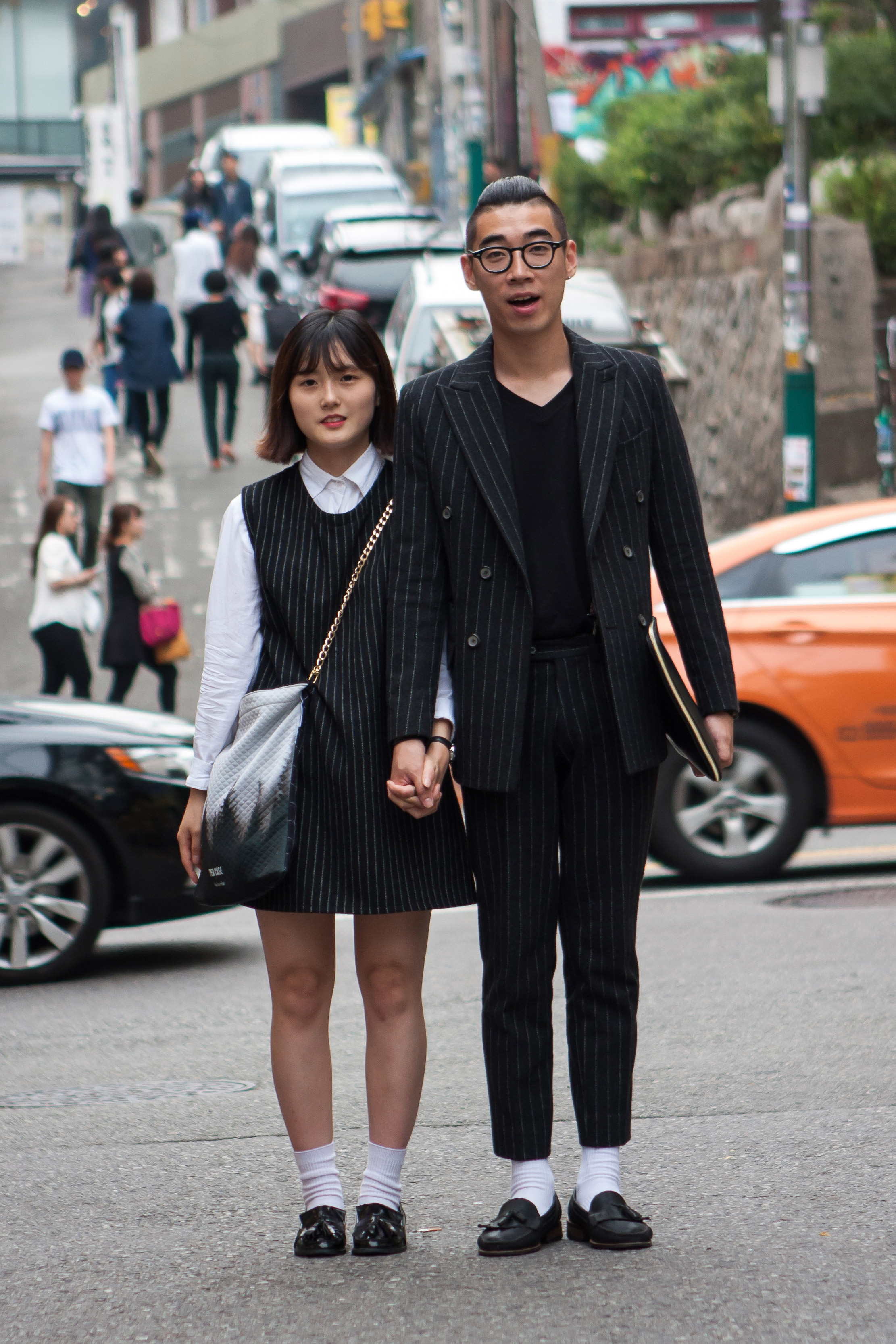 seoul-fashion-week-macthing-couples-street-style-01