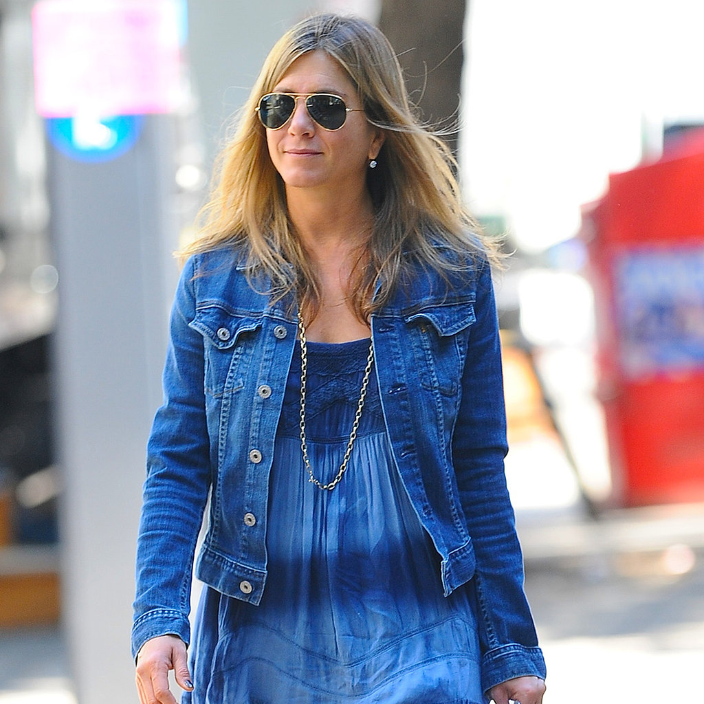 Jennifer-Aniston-Tie-Dye-Outfit