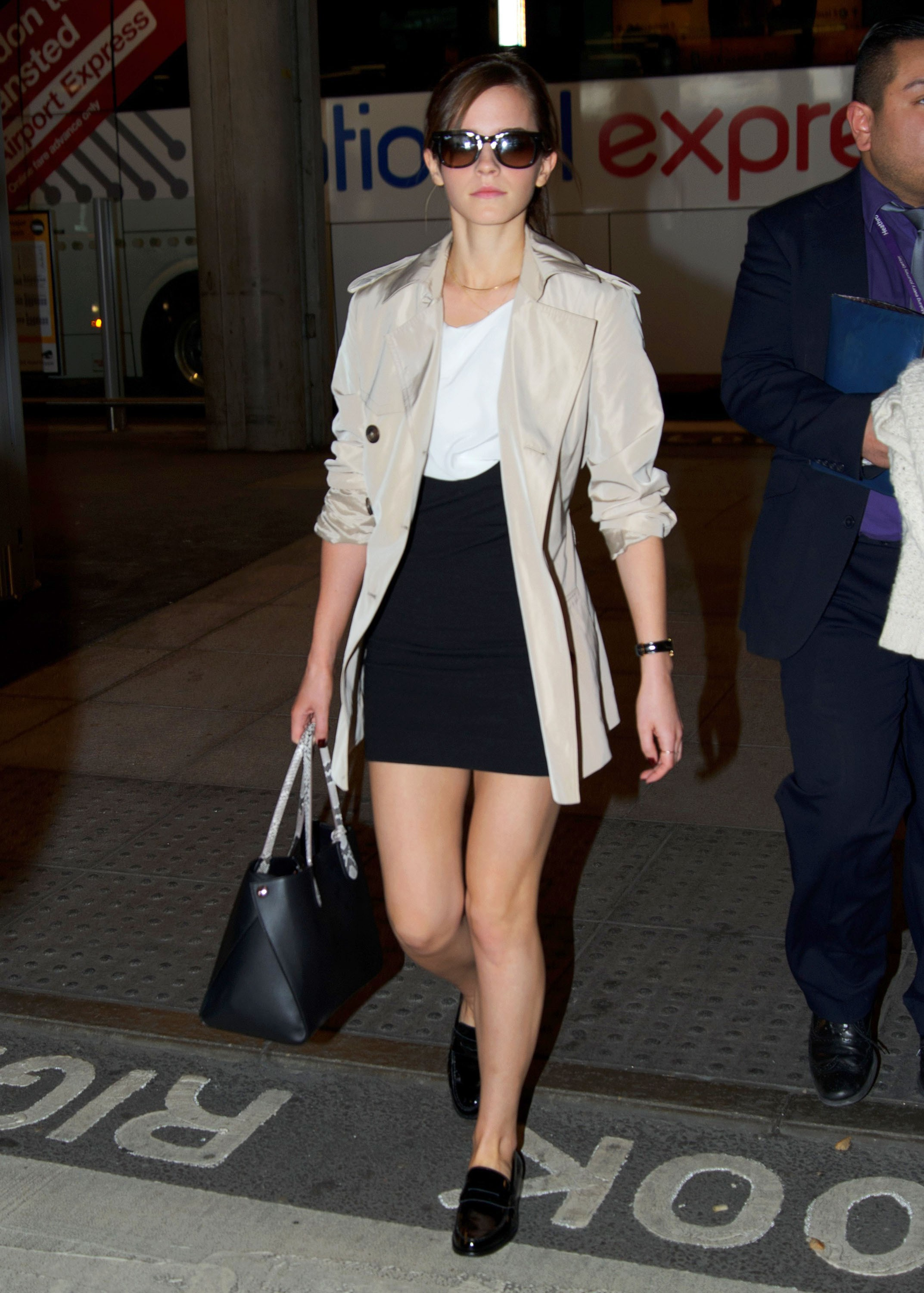 emma-watson-birthday-gallery-32316-25-compressed