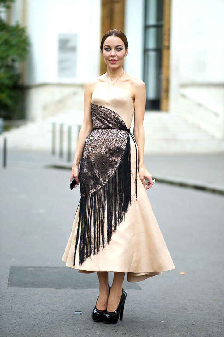 299c9f76bdef879bd47464d9e6ceba0d--paris-street-styles-fashion-street-styles