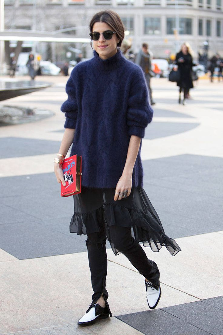 a1712fa65933524f4289fcf0f2c8aff9--fall-street-styles-fashion-street-styles