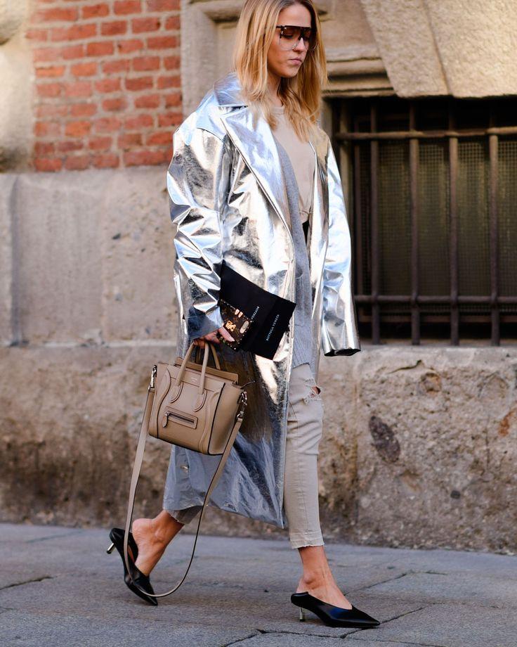 37e29175a62f8b30bc504c3ee476d130--metallic-fashion-fashion-street-styles