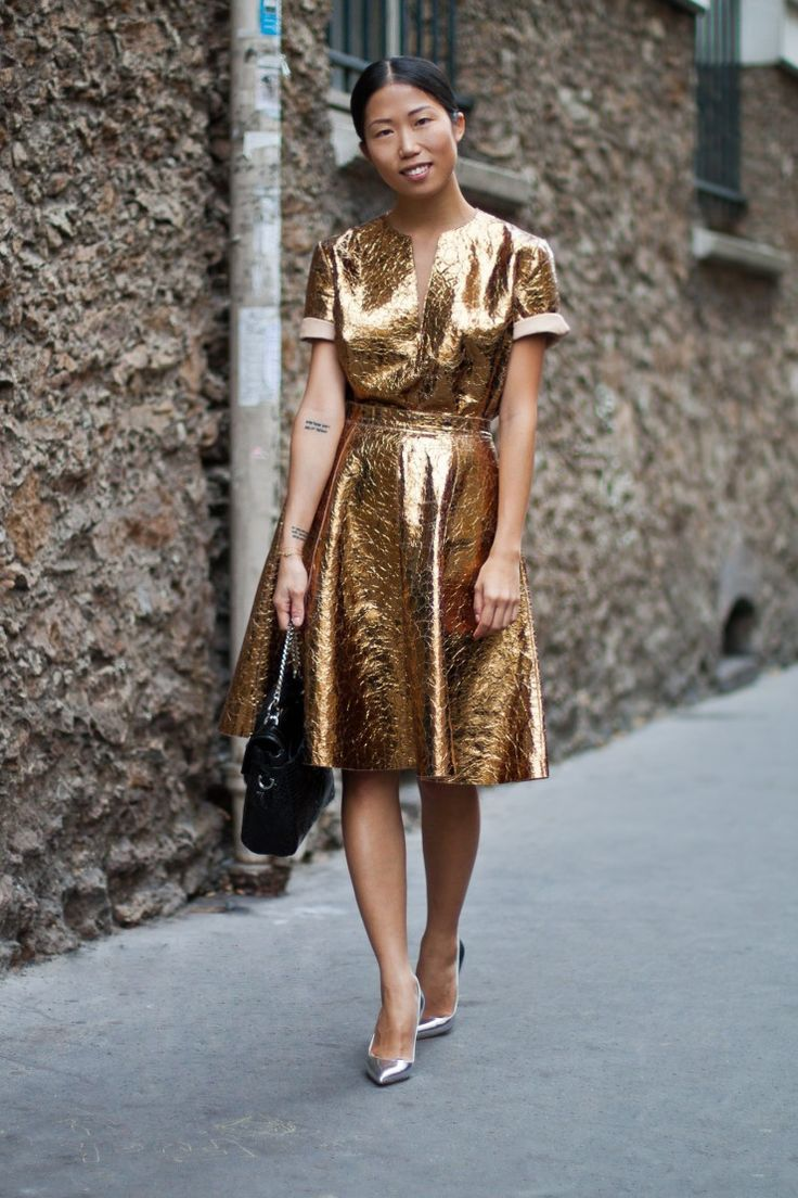 Metallic-Outfits-Womens-Street-Style-Looks-13