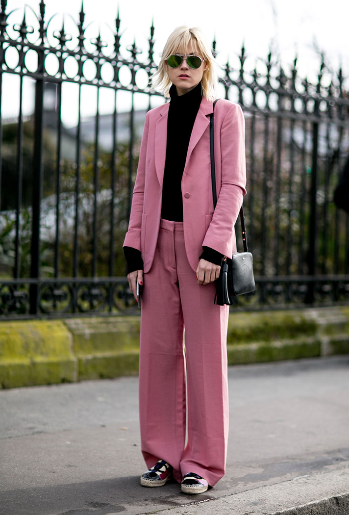 paris-fashion-week-street-style-fall-2016-day-two-03