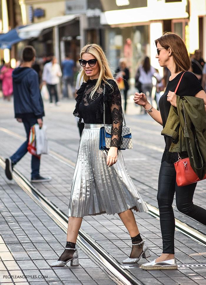 street-style-chic-metallic-pleated-skirts-2