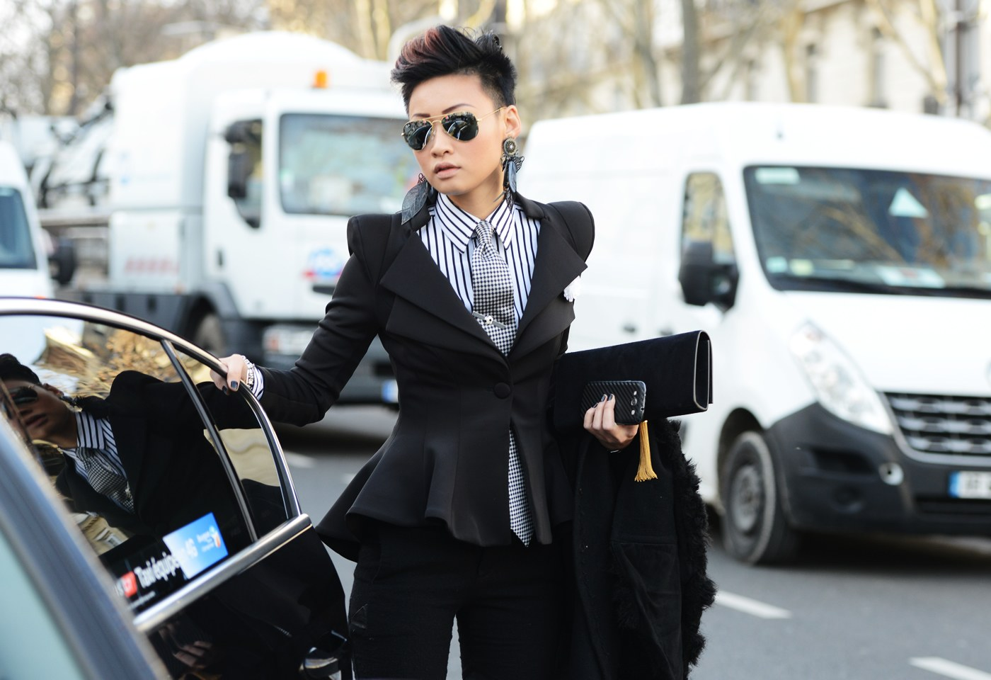street-style-women-suiting-18