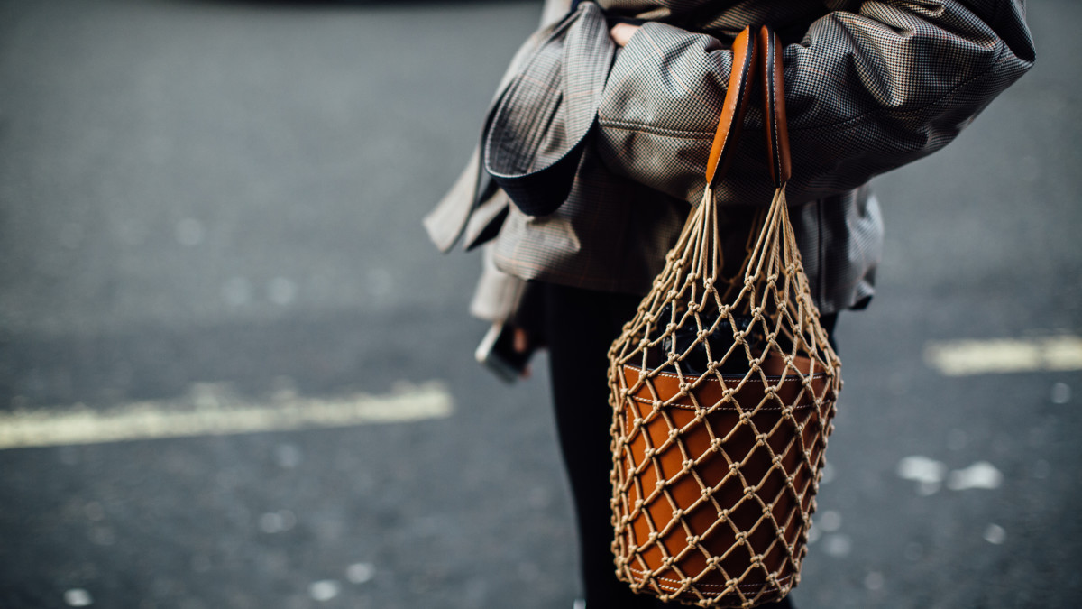 hp-bestselling-street-style-items-fall-2018-staud-bag