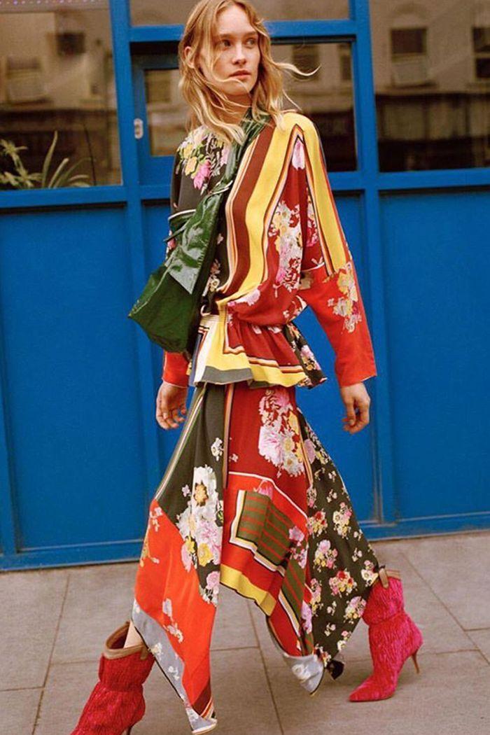 scarf-print-fashion-trend-265105-1533901920218-image.700x0c